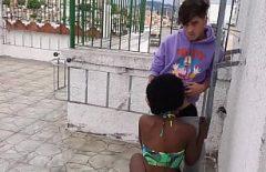 Sex in vacanta cu negresa din Brazilia