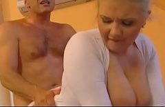 Sex Anal Cu O Blonda Mai Plinuta Dar Frumoasa